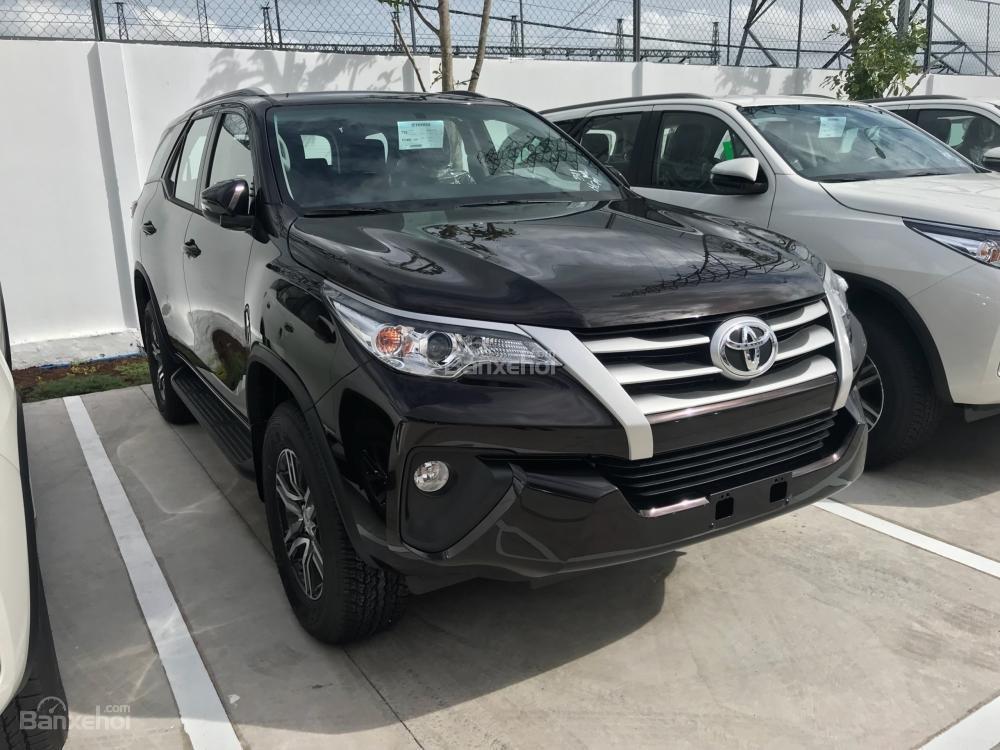 Bán Fortuner 2018 2.7AT máy xăng, đủ màu giao ngay hỗ trợ 85% giá trị xe tại Toyota An Thành Fukushima-1