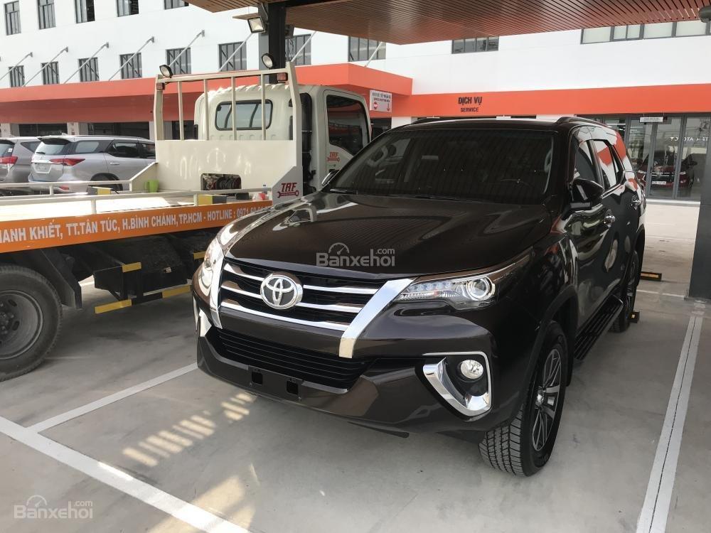 Bán Fortuner 2018 2.7AT máy xăng, đủ màu giao ngay hỗ trợ 85% giá trị xe tại Toyota An Thành Fukushima-4