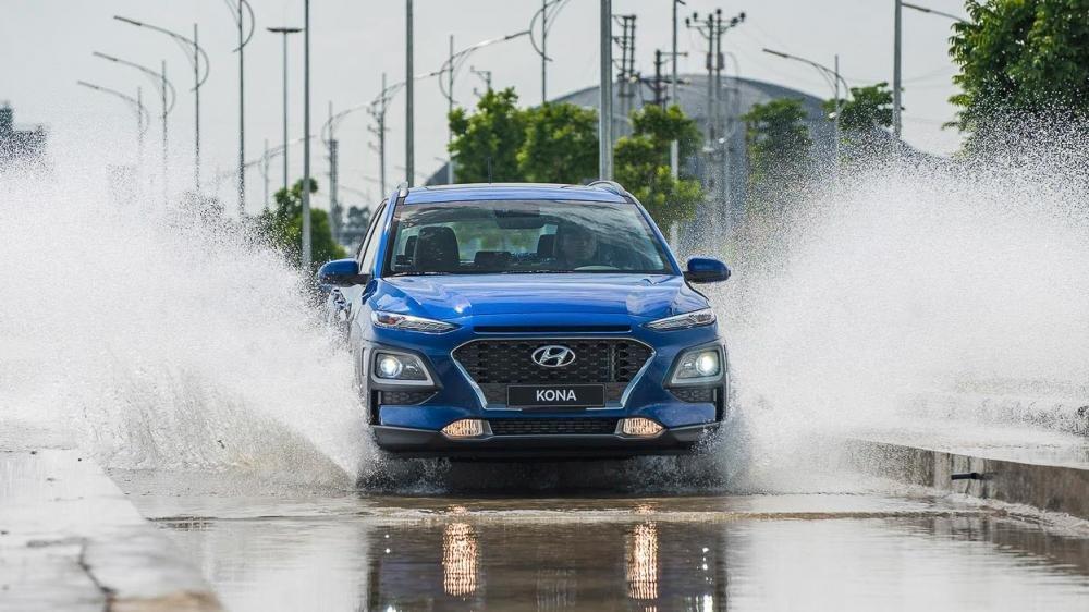 Hyundai Kona 2019 lội nước