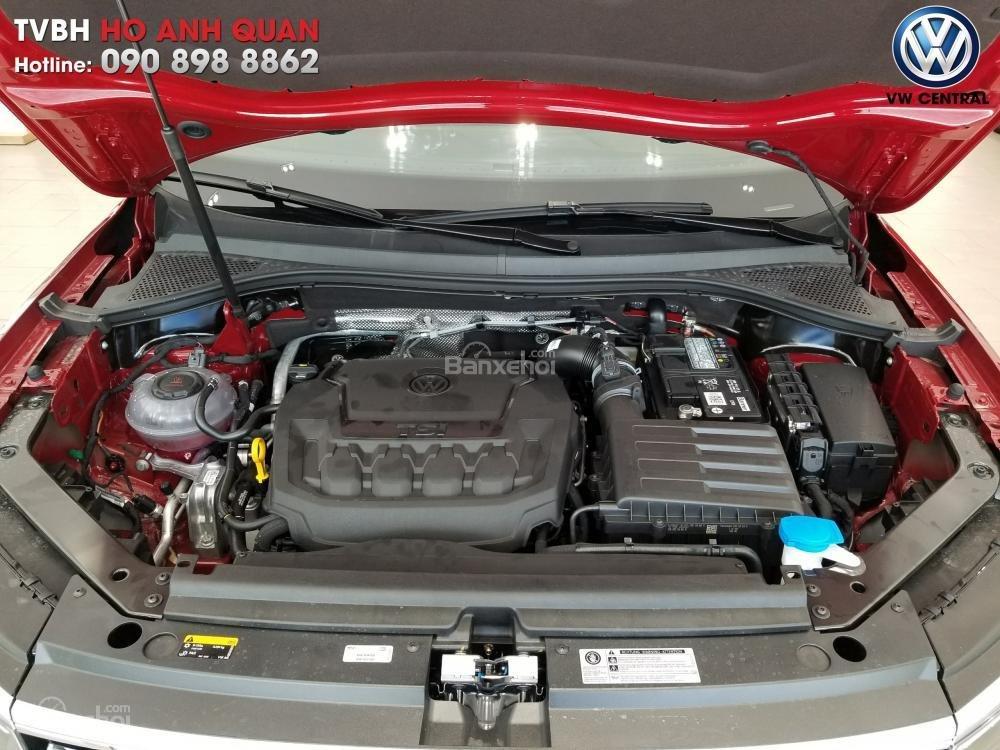 SUV 7 chỗ Tiguan Allspace màu đỏ ruby giao ngay - Xem và lái thử xe tại nhà, hotline: 090.898.8862 (Mr. Anh Quân) (15)