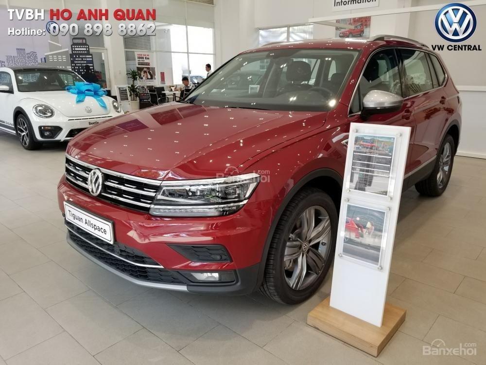 SUV 7 chỗ Tiguan Allspace màu đỏ ruby giao ngay - Xem và lái thử xe tại nhà, hotline: 090.898.8862 (Mr. Anh Quân) (18)