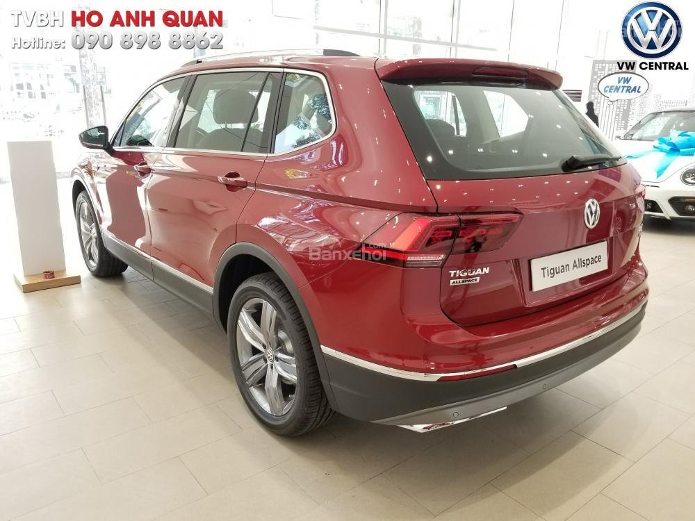 SUV 7 chỗ Tiguan Allspace màu đỏ ruby giao ngay - Xem và lái thử xe tại nhà, hotline: 090.898.8862 (Mr. Anh Quân) (24)