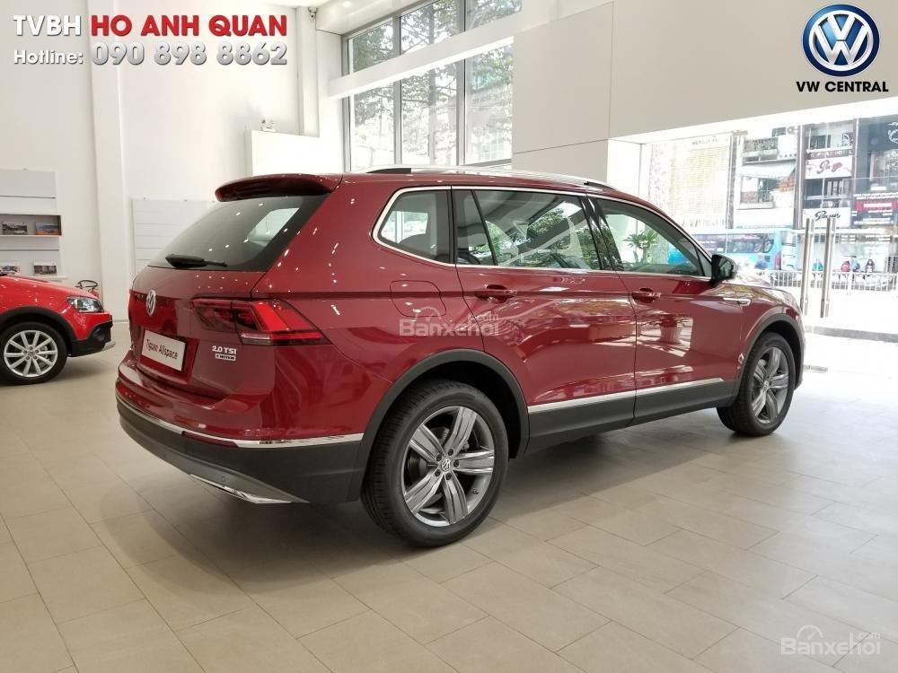SUV 7 chỗ Tiguan Allspace màu đỏ ruby giao ngay - Xem và lái thử xe tại nhà, hotline: 090.898.8862 (Mr. Anh Quân) (25)