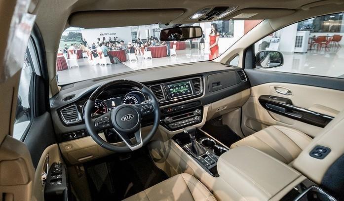 Hơn 400 xe Kia Sedona 2019 bán ra chỉ sau 1 tháng, sức hút từ trang bị mới a4