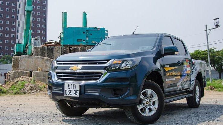 So sánh xe Chevrolet Colorado 2019 và Ford Ranger 2019.