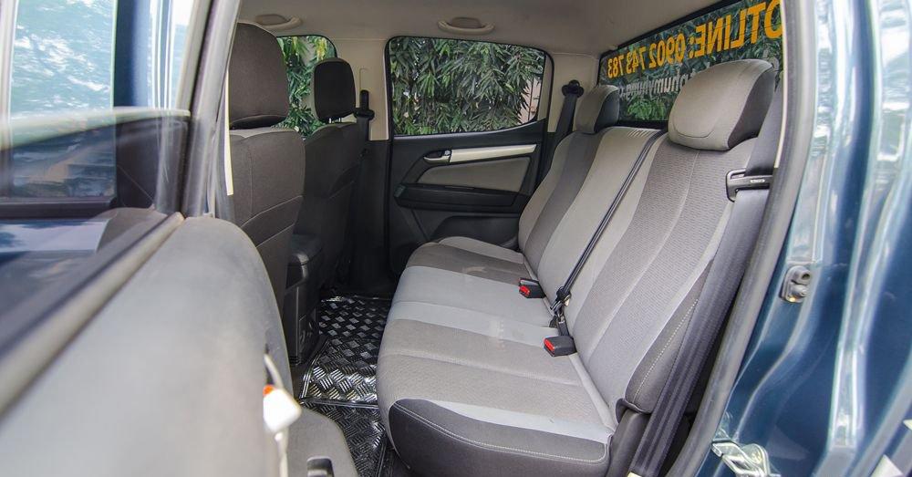 So sánh xe Chevrolet Colorado 2019 và Ford Ranger 2019 về ghế ngồi 5
