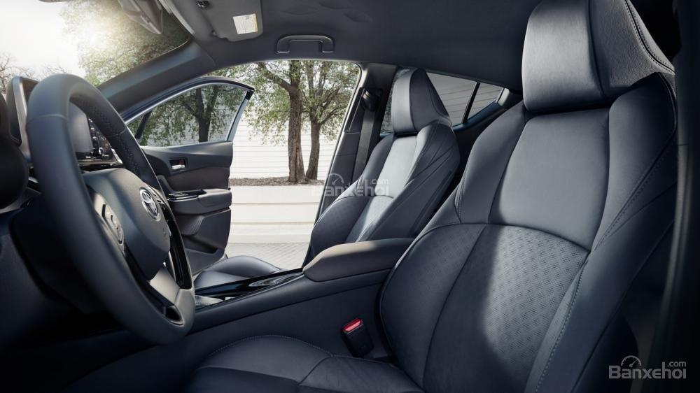 Liệu Toyota C-HR có về Việt Nam đấu Ford Ecosport và Hyundai Kona? a7