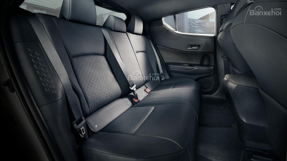 Liệu Toyota C-HR có về Việt Nam đấu Ford Ecosport và Hyundai Kona? a8