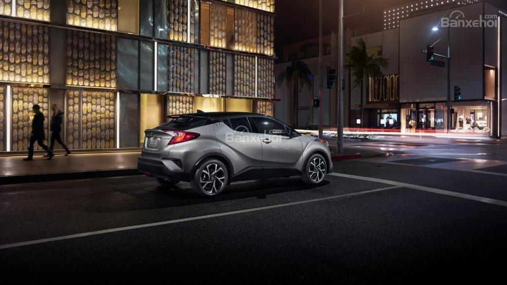 Liệu Toyota C-HR có về Việt Nam đấu Ford Ecosport và Hyundai Kona? a4
