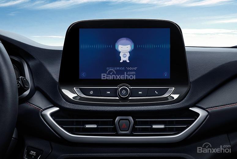 Đánh giá xe Chevrolet Orlando 2019: Màn hình cảm ứng giải trí 8 inch..