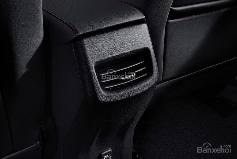Đánh giá xe Chevrolet Orlando 2019: Cửa gió điều hòa cho hàng ghế sau...