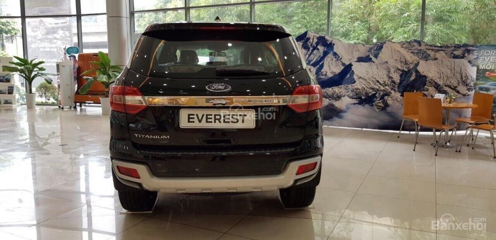 Cần bán xe Ford Everest 2.0 Titanium năm 2018, nhập khẩu nguyên chiếc, đủ màu giao ngay, LH 0974286009-1