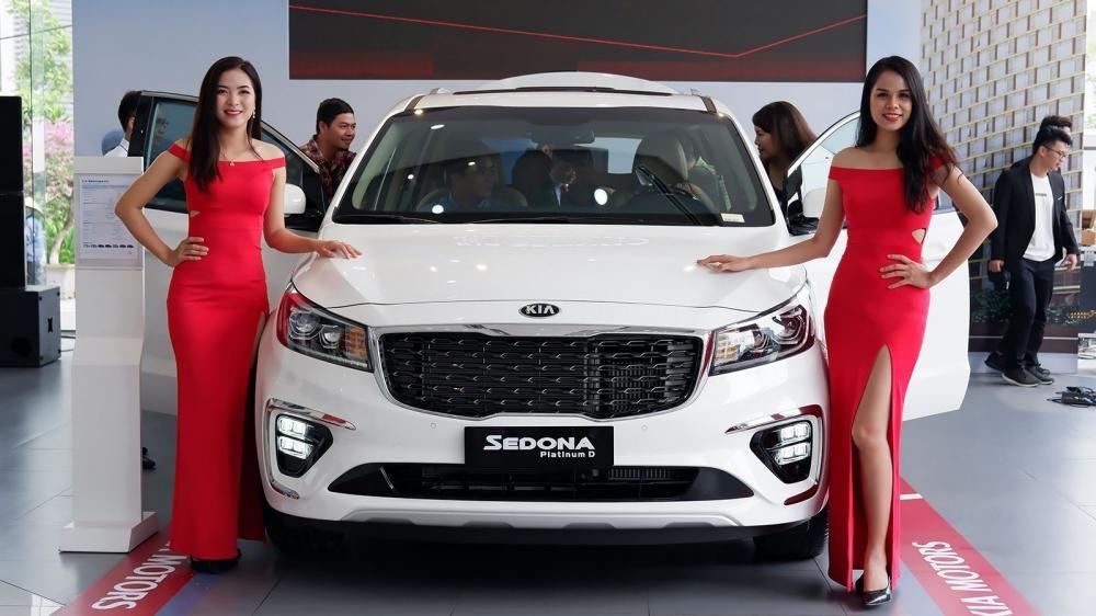 Xe đa dụng 7 chỗ, chọn Toyota Innova 2018 hay Kia Sedona 2019 mới? 13.