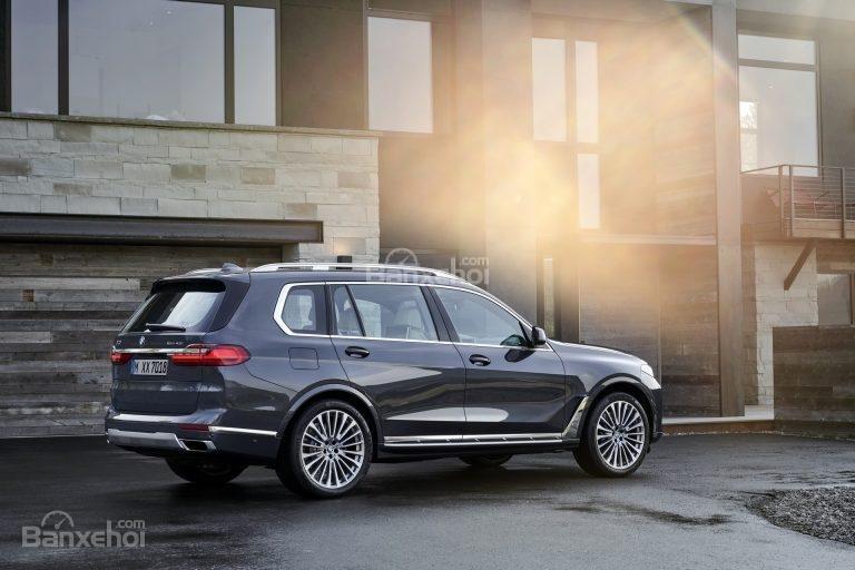Động cơ BMW X7 2019..