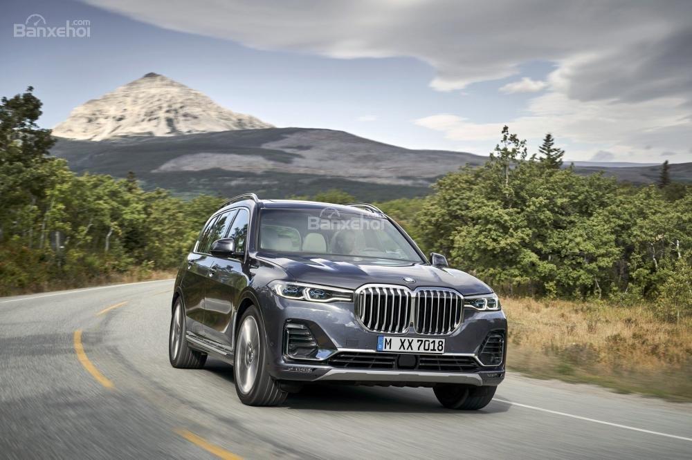 Ảnh chi tiết ngoại thất BMW X7 2018 a1