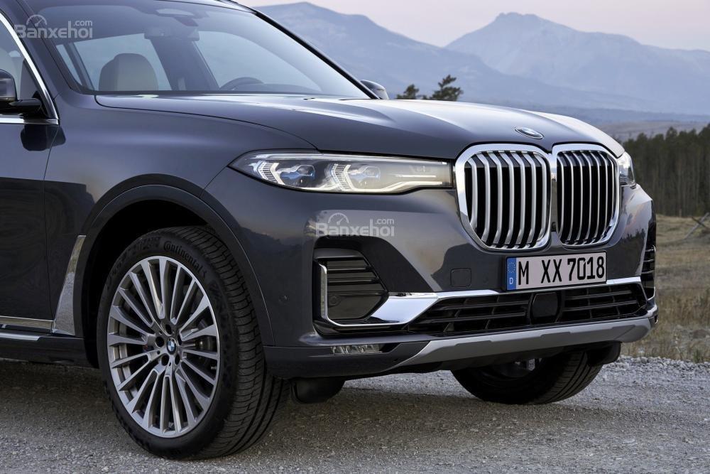 Ảnh chi tiết ngoại thất BMW X7 2018 a3