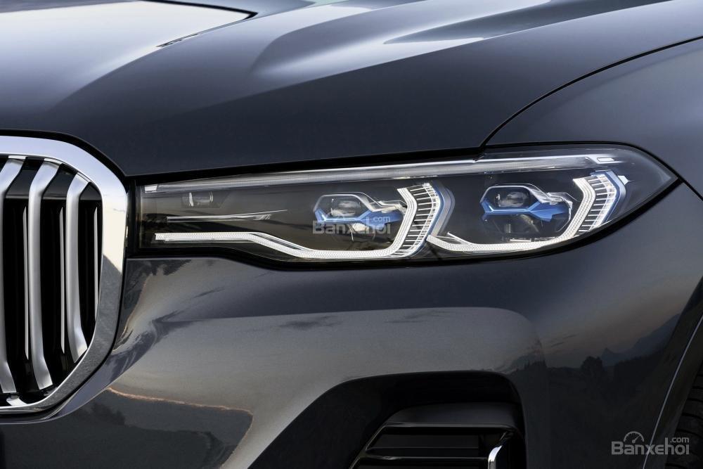 Ảnh chi tiết ngoại thất BMW X7 2018 a6