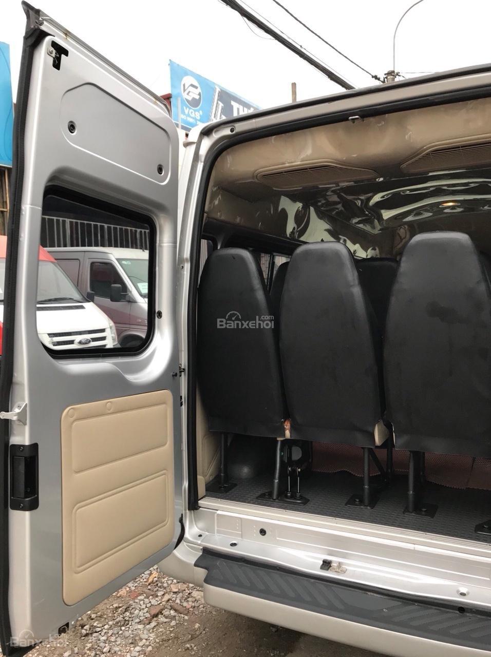 Bán Ford Transit 2015, xe chạy du lịch từ mới, sơn zin cả xe, lốp mới cả dàn-8