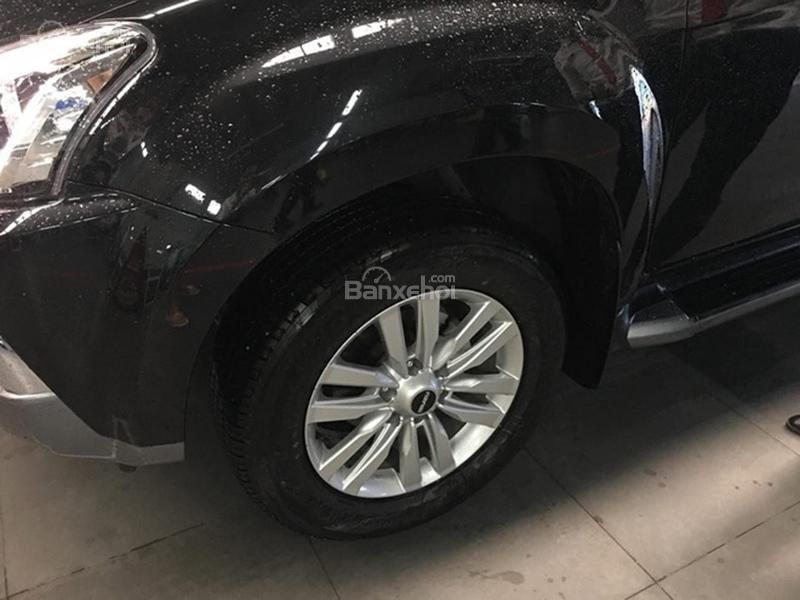 Đánh giá xe Isuzu mu-X 2019: Mâm xe.