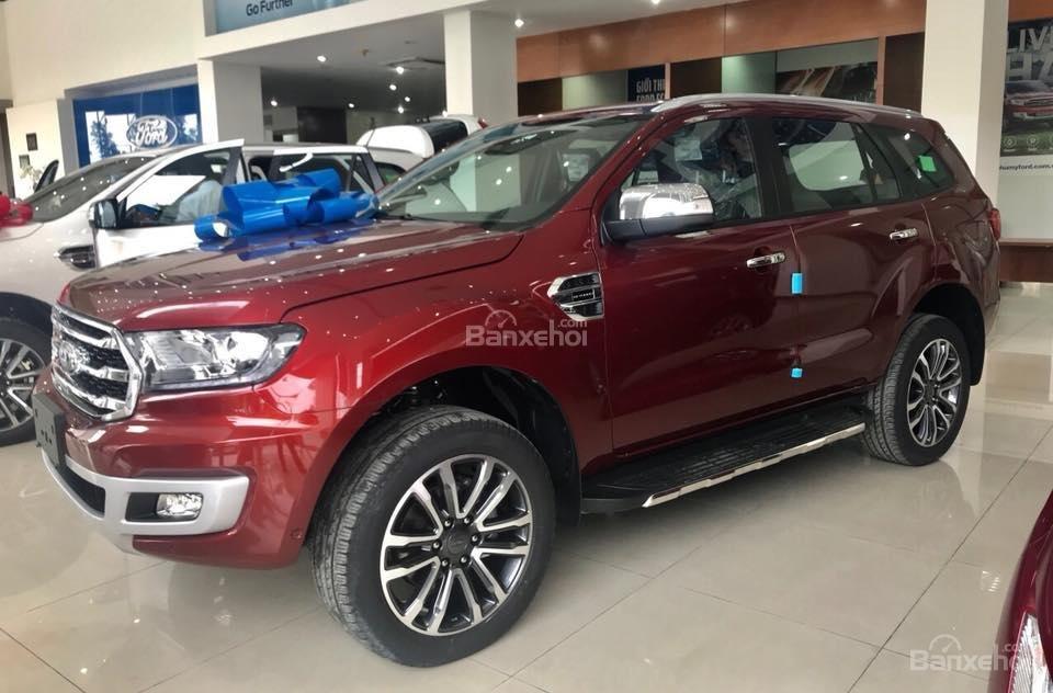 Giảm giá 2019 Ford Everest Bi-Turbo, Trend 2018 đủ màu, giao ngay, tặng bảo hiểm vật chất, dán phim. LH 0909907900-0