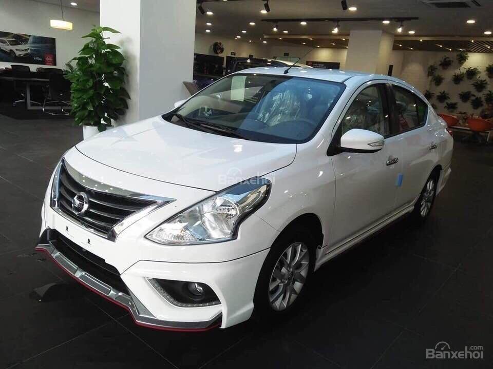 Bán Nissan Sunny XV Premium Q-Series - Lột xác hoàn toàn mới-1