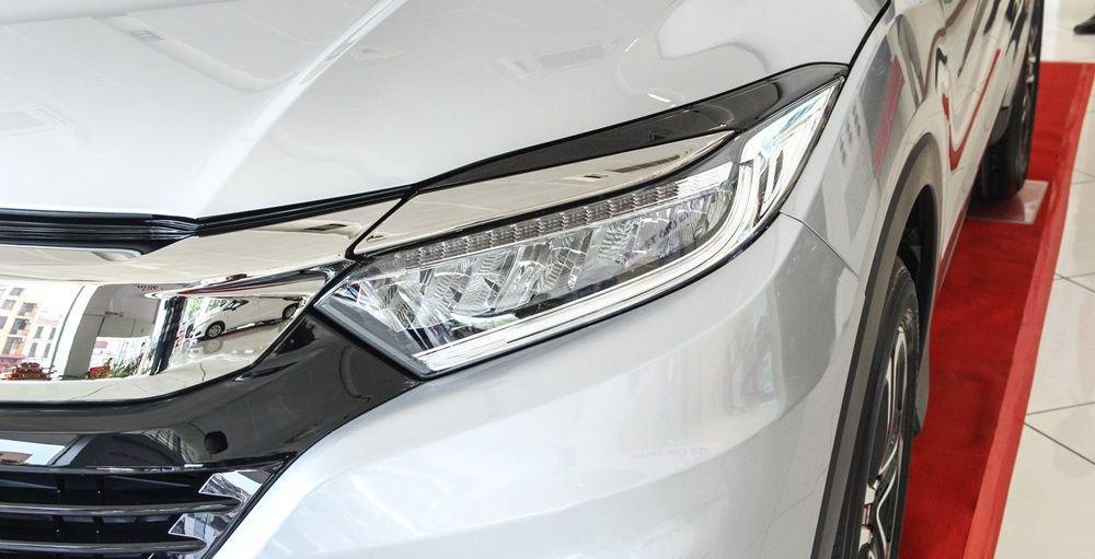 So sánh xe Mazda CX-5 2018 và Honda HR-V 2018 về đầu xe 7