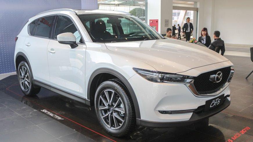 """Mazda CX-5 hoàn toàn """"ăn đứt"""" Honda HR-V ở mọi khía cạnh."""