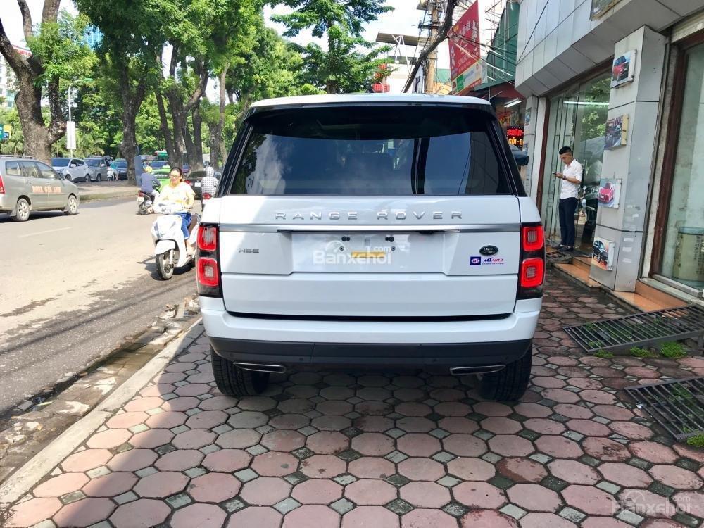 Bán ô tô LandRover Range Rover HSE đời 2019, màu trắng, nhập khẩu nguyên chiếc từ Mỹ. LH Ms Hương 0945.39.2468 (4)