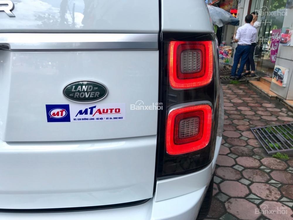 Bán ô tô LandRover Range Rover HSE đời 2019, màu trắng, nhập khẩu nguyên chiếc từ Mỹ. LH Ms Hương 0945.39.2468 (7)