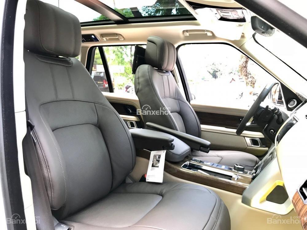 Bán ô tô LandRover Range Rover HSE đời 2019, màu trắng, nhập khẩu nguyên chiếc từ Mỹ. LH Ms Hương 0945.39.2468 (19)