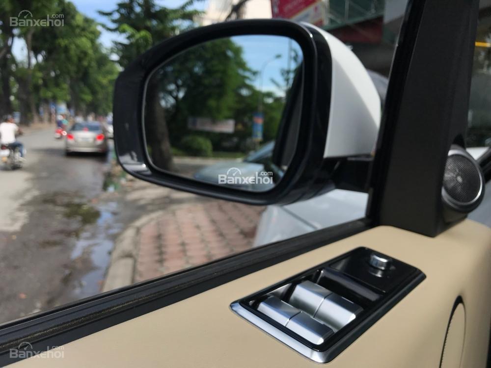 Bán ô tô LandRover Range Rover HSE đời 2019, màu trắng, nhập khẩu nguyên chiếc từ Mỹ. LH Ms Hương 0945.39.2468 (12)
