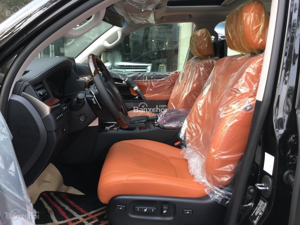 Bán xe Lexus LX 570S SuperSport năm sản xuất 2018, màu đen, nhập khẩu nguyên chiếc-8