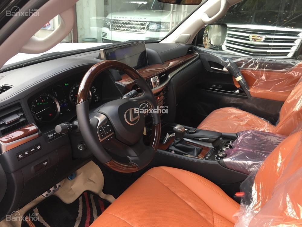 Bán xe Lexus LX 570S SuperSport năm sản xuất 2018, màu đen, nhập khẩu nguyên chiếc-9