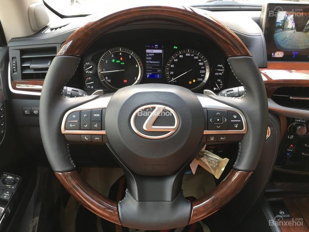Bán xe Lexus LX 570S SuperSport năm sản xuất 2018, màu đen, nhập khẩu nguyên chiếc-19