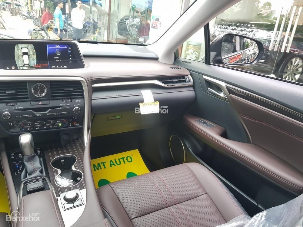 Cần bán Lexus RX 350L sản xuất năm 2018, bản 07 chỗ màu đen, nhập khẩu Mỹ giá tốt-12
