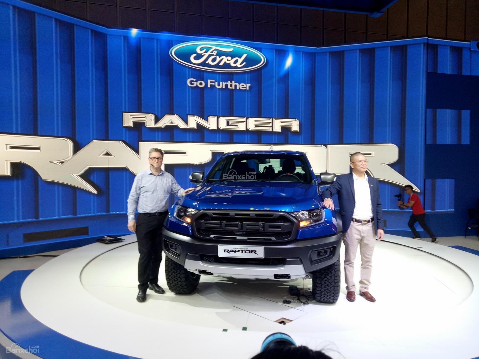 """Giá lăn bánh Ford Ranger Raptor 2019 - """"siêu bán tải khủng"""" mới nhất Việt Nam..."""