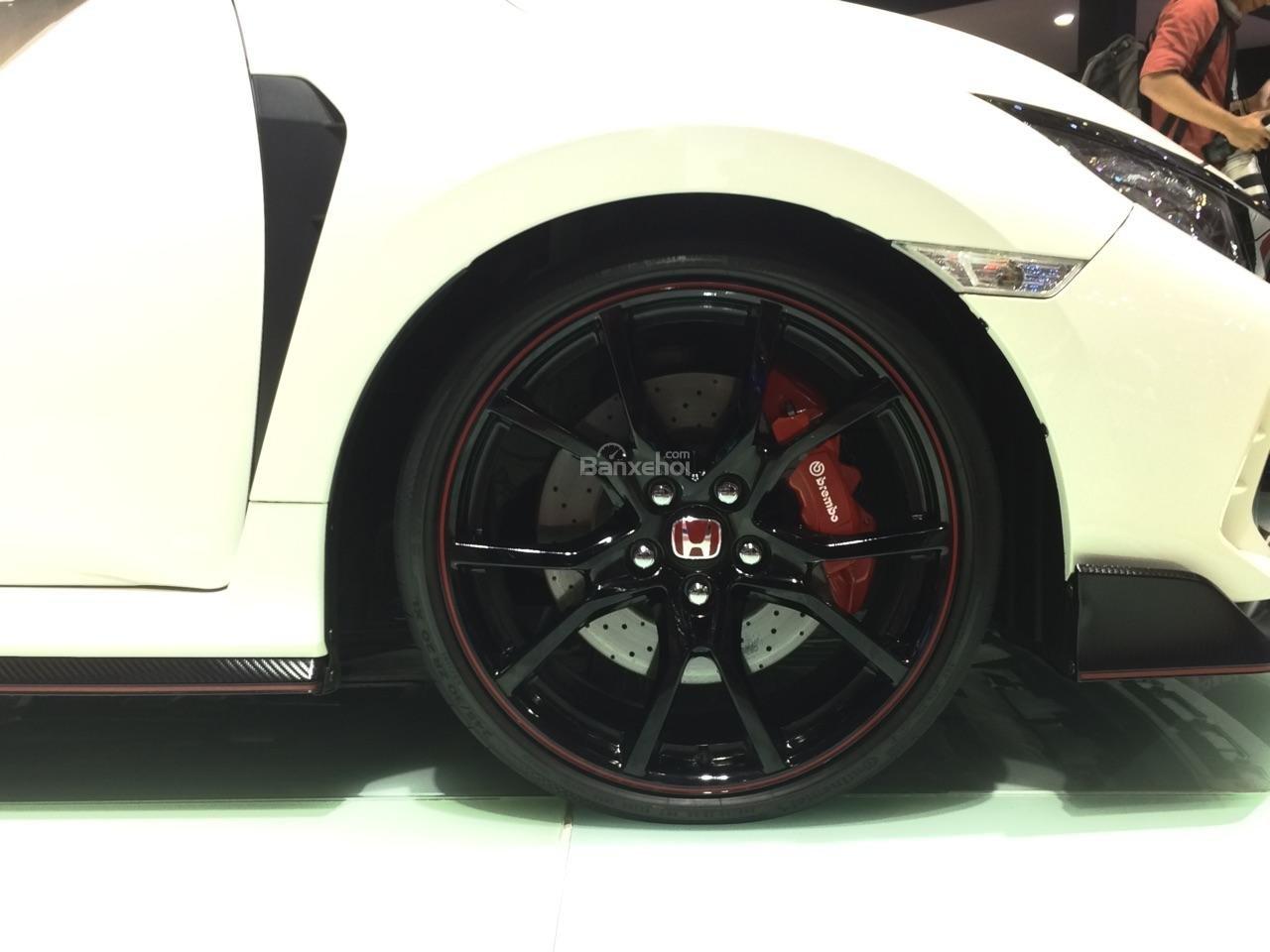 Honda Civic Type R về Việt Nam giá bao nhiêu? a6