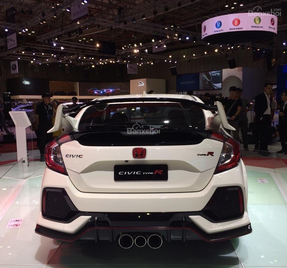 Honda Civic Type R về Việt Nam giá bao nhiêu? a2