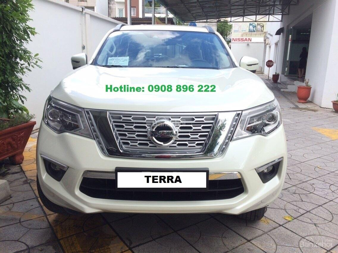 Xe Nissan Terra 2.5AT 7 chỗ 2018, giao xe ngay - LH: 0908 896 222-0