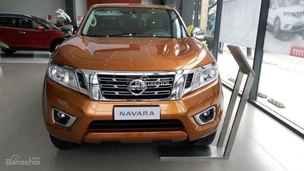 Bán tải Nissan Navara 2018 giảm 45 triệu + phụ kiện, chỉ cần 30 triệu giao xe ngay. LH ☎️ 0967.33.22.66-1