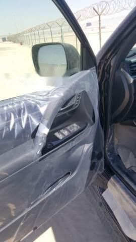 Bán Lexus LX 570 đời 2018, xe nhập-2