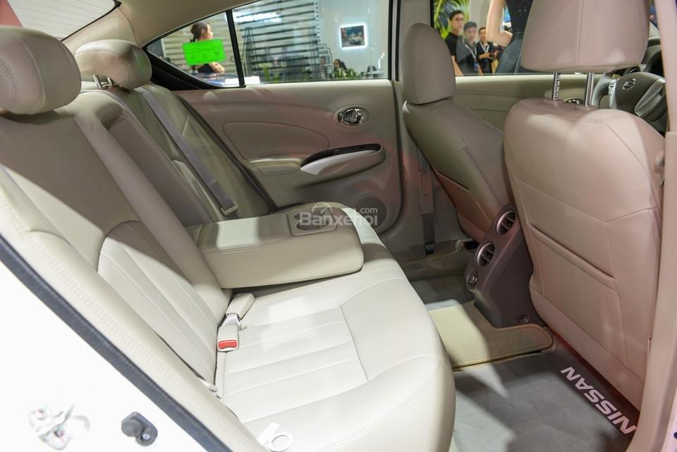 Toyota Vios 2019 và Nissan Sunny 2019 về ghế ngồi 4