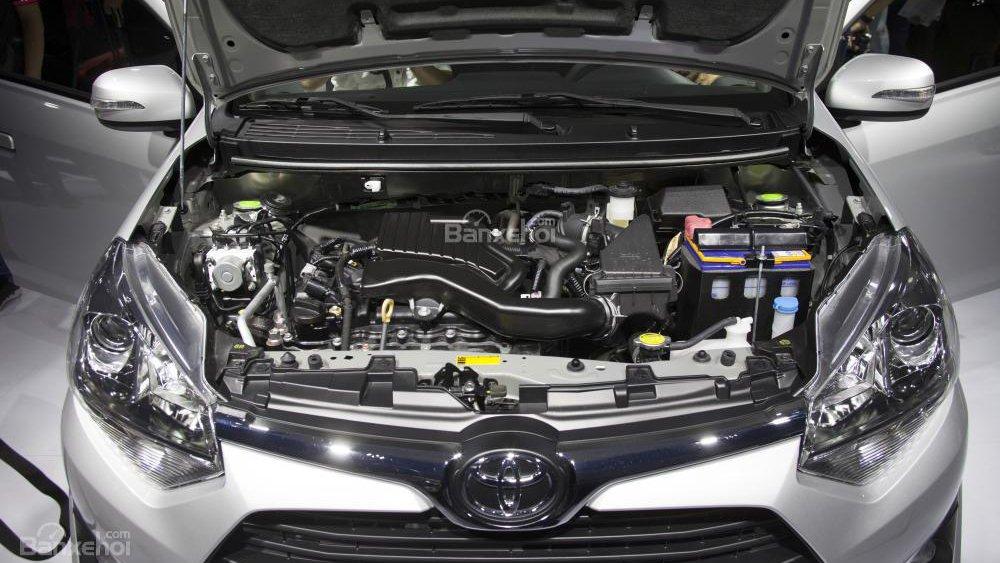 Toyota Wigo và Honda Brio đều sử dụng động cơ 1.2L.