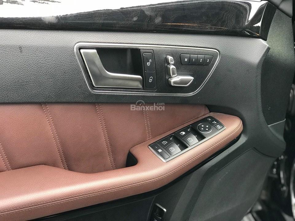 Bán xe Mercedes - Benz E250, màu đen, nội thất nâu-8