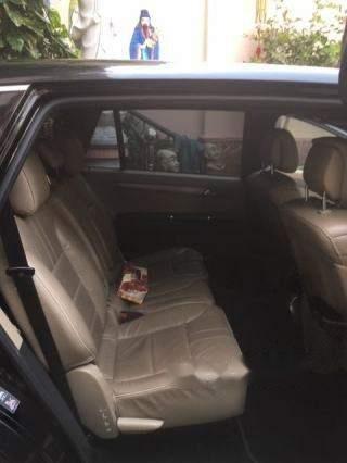 Cần bán Mercedes R300 sản xuất 2011, màu đen-3