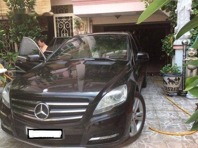 Bán Mercedes R300 sản xuất năm 2011, màu đen chính chủ-0