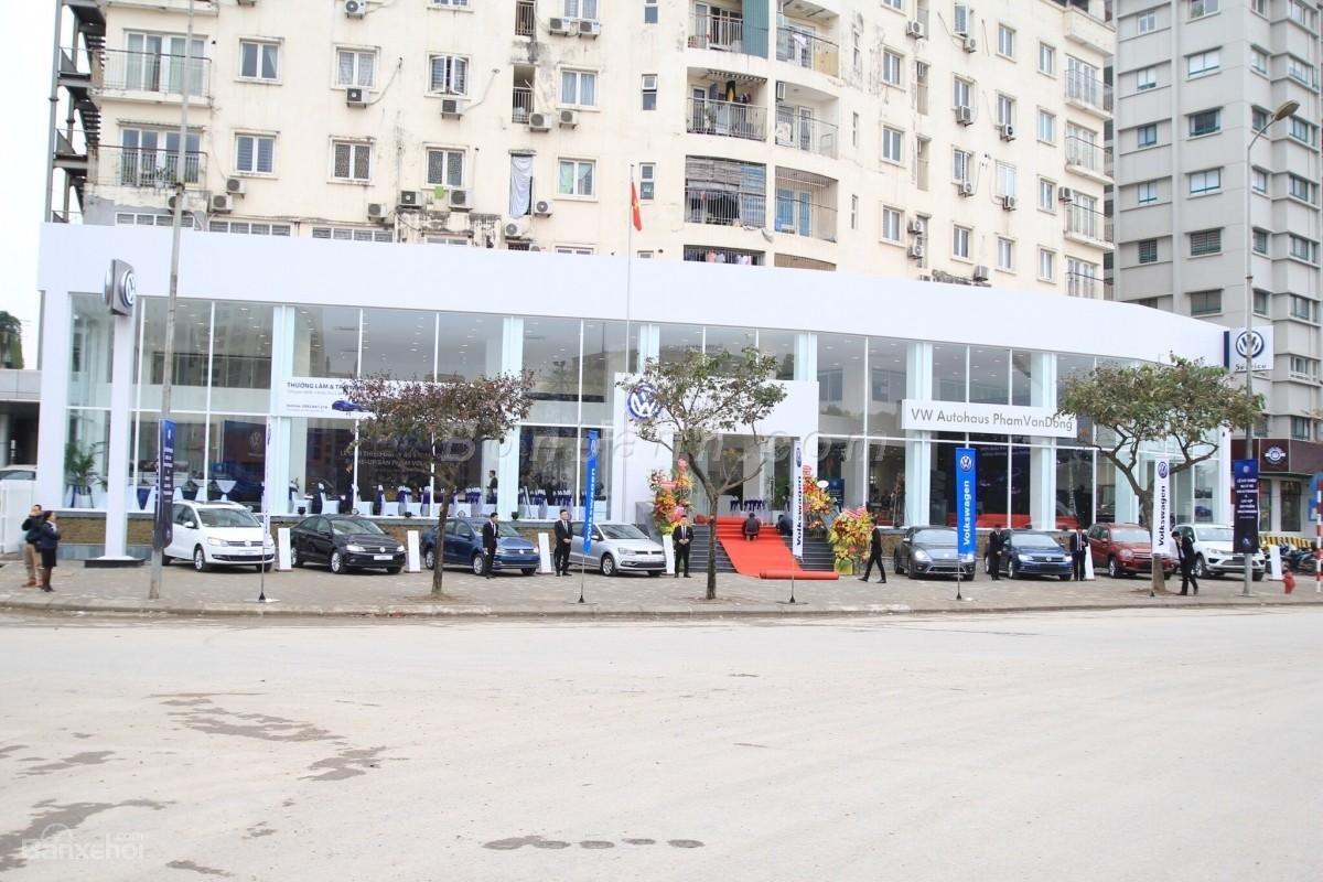 Volkswagen Phạm Văn Đồng (3)