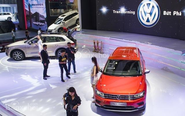Volkswagen Phạm Văn Đồng (4)