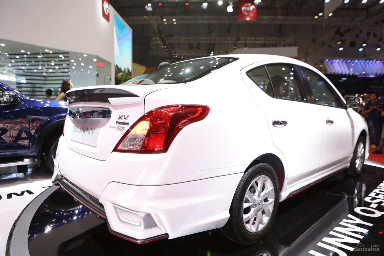 Bán xe Nissan Sunny 2019 GIÁ SIÊU HẤP DẪN tặng BHTV + bộ PK 15tr-11