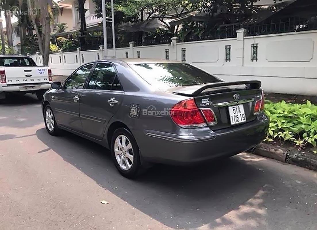 Cần bán gấp Toyota Camry 3.0V đời 2005, màu xám (1)